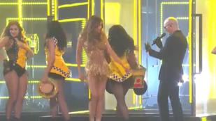 Így rázta Sofia Vergara a Grammy-n
