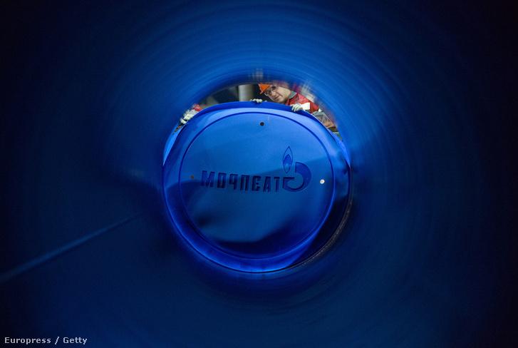 Összeszerelés előtt álló Gazprom-gázvezeték