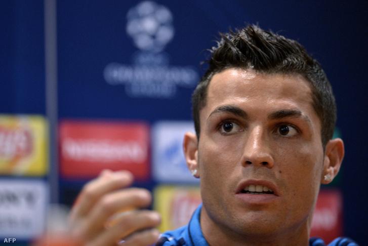 Ronaldo a keddi sajtótájékoztatón