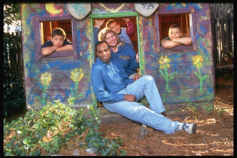 Az Emberek Temploma alapítója Jim Jones, és családja