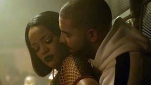 Rihanna egy hálós semmiben dörgölőzik expasijához a új klippjében