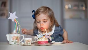 Naná, hogy hercegnős egy két éves hercegnő szülinapi bulija