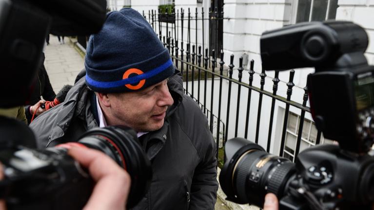 Boris Johnson azonnal felülvizsgáltatja a BBC előfizetési díját
