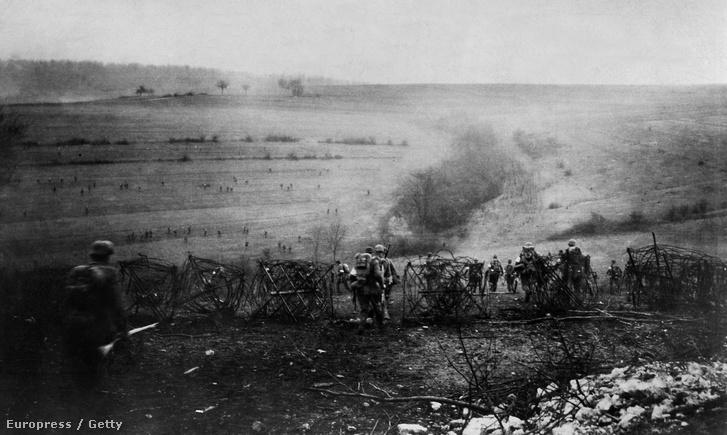 Támadó német csapatok