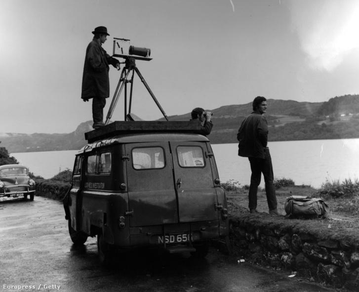Loch Ness-i Jelenség Nyomozóirodája tagjai kutatnak a tónál 1968-ban