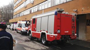 Füstölt a Margit kórház második emelete