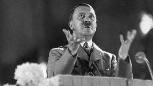 Történészek szerint Hitler kicsi, deformált pénisszel élt