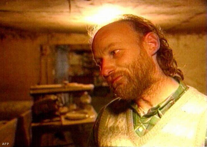 2007. január 22. Videofelvételről készített kép Robert William Pickton 52 éves kanadai sertéstenyésztőről, aki a vádak szerint legkevesebb 26 nőt gyilkolt meg. A sorozatgyilkos az ország eddigi legdrámaibb és legköltségesebb perében állt a vádlottak padjára.