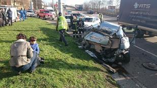 Durva baleset történt a Helsinki úton