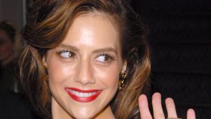 Brittany Murphy szelleme megfúrt egy H&M-bulit