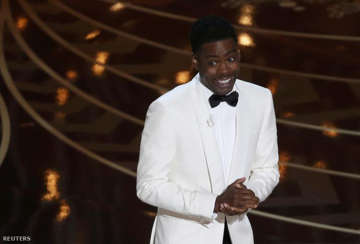 Chris Rock nekifutásból belefejelt az idei Oscar legnagyobb botrányába. A beszéde tele volt fekete viccekkel.