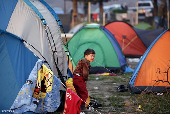 Menekültek sátrai a macedón-görög határon, Idomeni közelében
