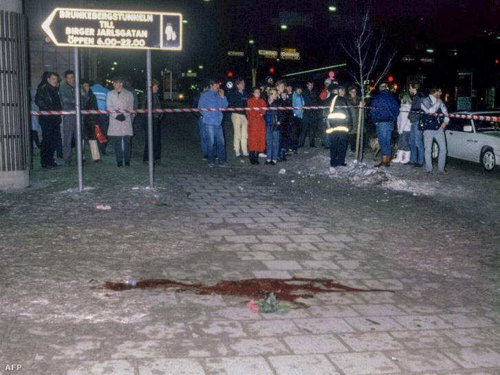 A gyilkosság helyszíne aa Sveavägenen, 1986. március 1-én.