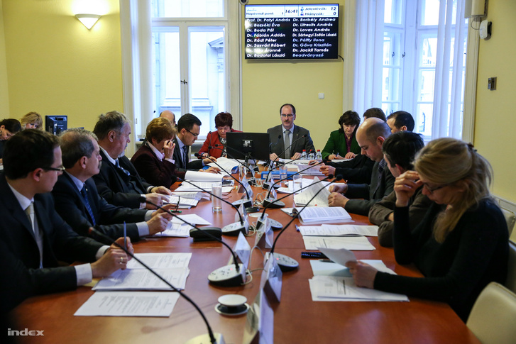 A Nemzeti Választási Bizottság 2016. február 29-ei ülése.