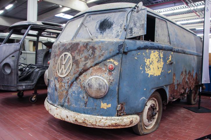 A patina szép. Nem is szabad restaurálni, ez az autó így gyönyörű, ahogy van