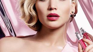 Jennifer Lawrence elővette szomorúállat-arcát