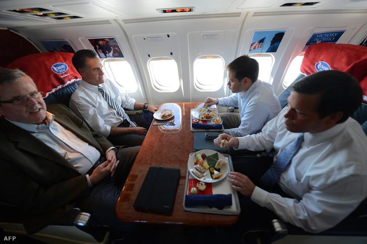 Jeb Bush, Mitt Romney, Marco Rubio és Connie Mack
