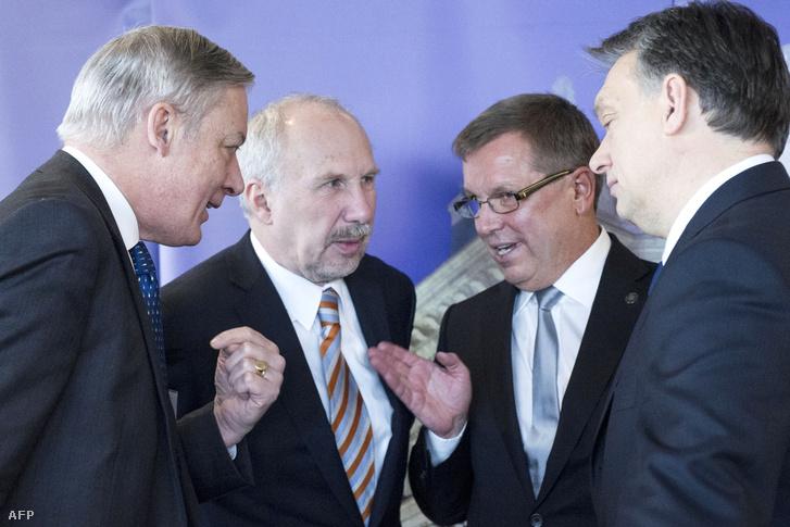 Matolcsy György a francia és az osztrák jegybankok elnökeivel beszélget (2014.)