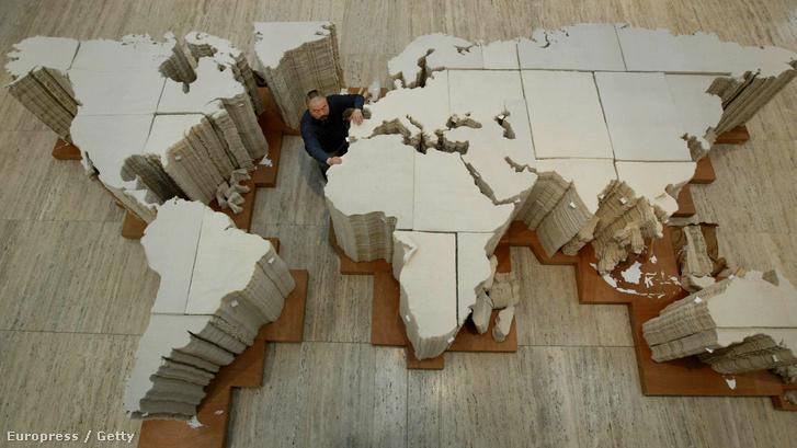 Ai Vei-Vei világtérképe 2006-ban, a Sydney Biennálén