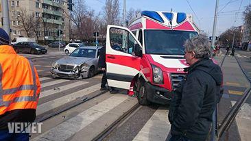 fehérvári út baleset1
