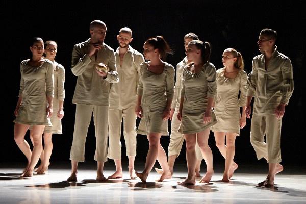 Közép Európa Táncszínház: Horda