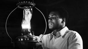 Ilyen csodás fotók készültek Muhammad Aliról '74-ben