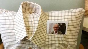 Meghalt a néni férje, párnát csináltak az ingéből