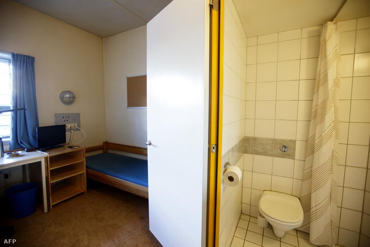 Egy cella abban a börtönben, ahol Breivik is büntetését tölti