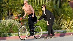 Úszott, énekelt, csajozott, most biciklizik