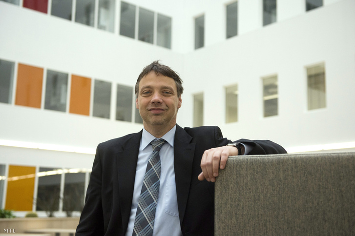 Keserű György Miklós főigazgatóa Magyar Tudományos Akadémia (MTA) Természettudományi Kutatóközpont új épületének ünnepélyes megnyitóján a budapesti Info Parkban 2013. november 15-én.