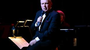 72 éves korában meghalt Frank Sinatra fia