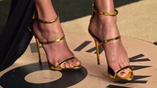 Felismeri a híres nőket a szexi lábukról?