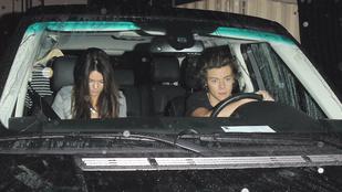 Valaki ellopta Harry Styles és Kendall Jenner nyaralós fotóit