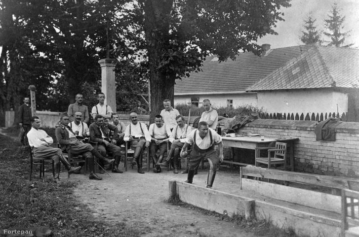 Tekéző katonák 1916-ban