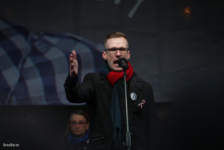 Pukli István a március 15-i pedagógustüntetésen