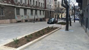 Elkészült Budapest legapróbb sétálóutcája a Széll Kálmán tér mellett