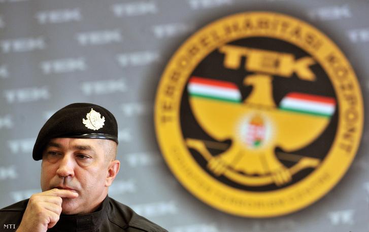 Hajdu János, a TEK vezetője egy korábbi sajtótájékoztatón
