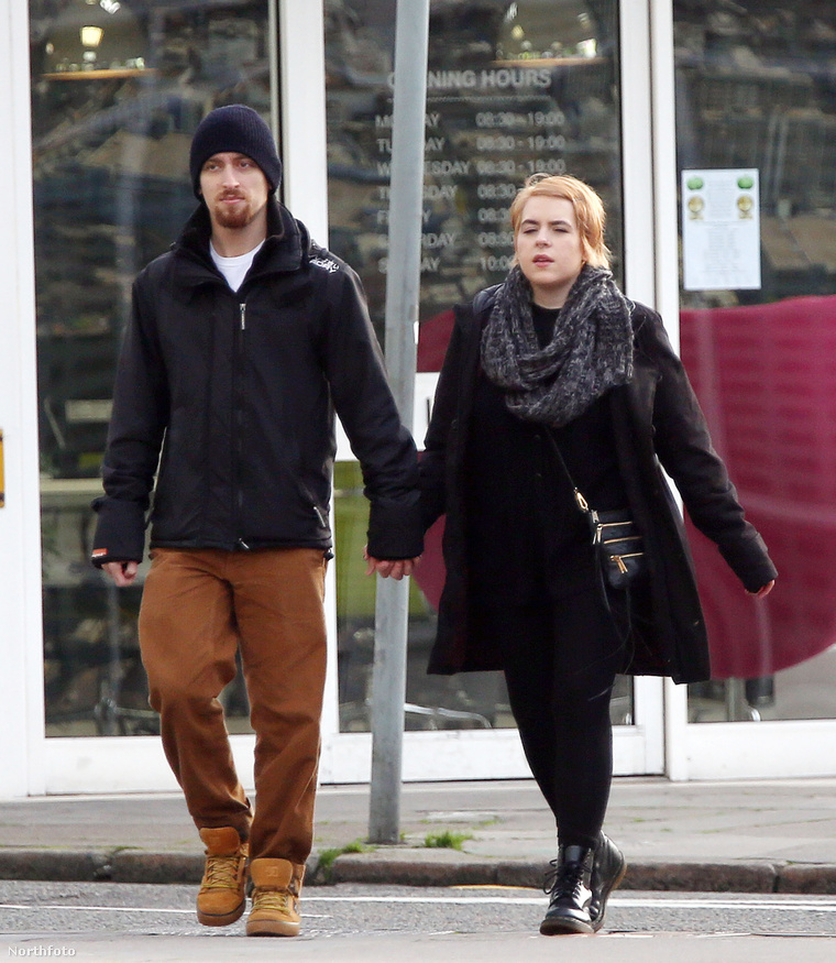 Bella Cruise a férjével Londonban