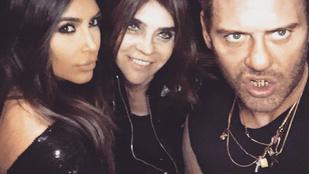 Kim Kardashian képtelen különbséget tenni az l és az i betű között
