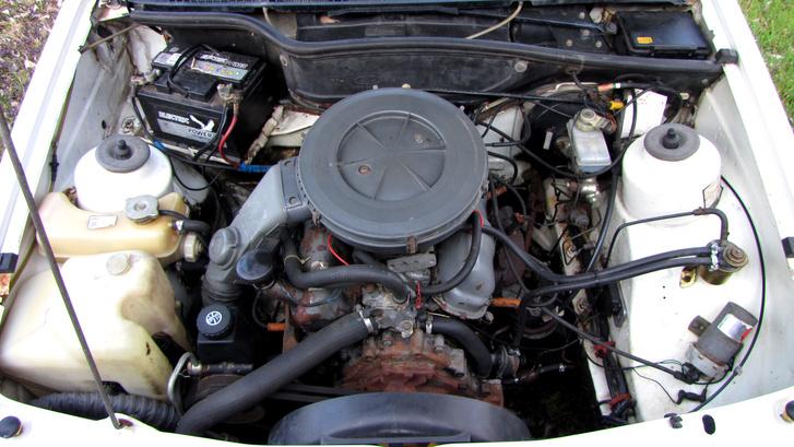 2300 köbcenti, V6