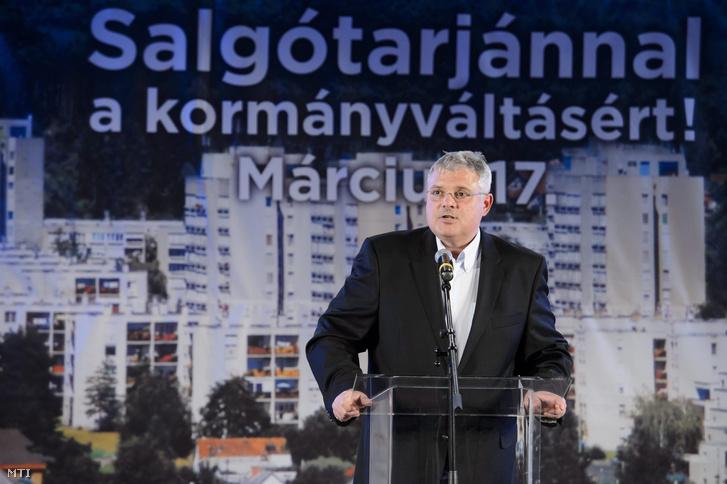 Boldvai László szocialista országgyűlési képviselőjelölt egy MSZP-s kampányrendezvényen (2014.)