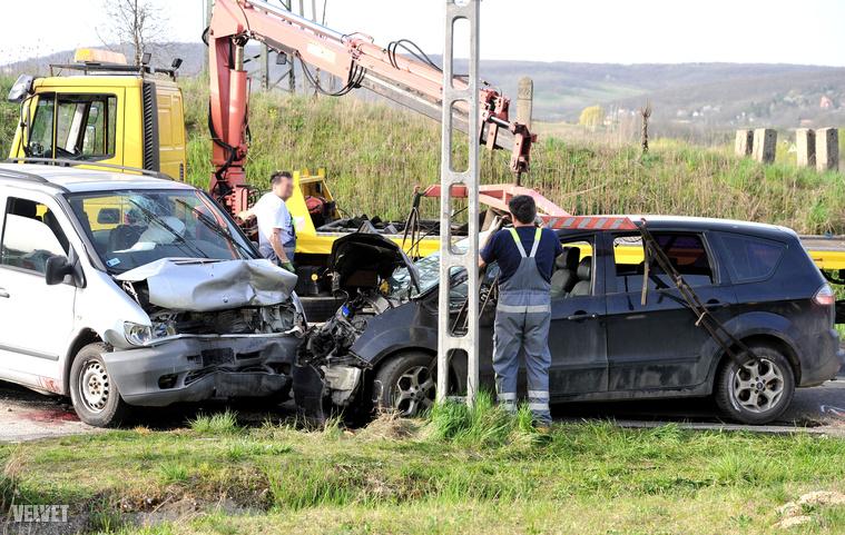 Piliscsaba frontális baleset2 (1)