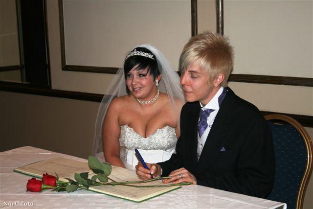 Jazmin és Jason Cullen az esküvőjükön