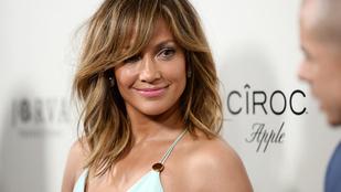 Jennifer Lopeznél ízlésesebben senki nem hívja fel a figyelmet