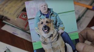 Belehalt kutyája elvesztésébe ez az orosz férfi