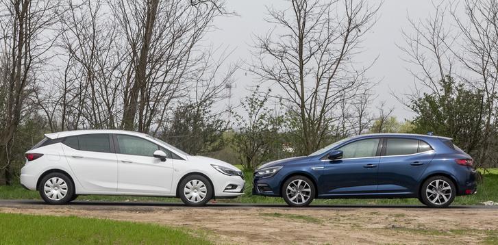 Az Astra picivel hosszabb (4370mm), mint a Renault (4359mm), a Renault tengelytávja azonban annyival nagyobb (2669-2662mm)