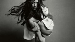 Victoria Beckham lábával valami nagyon furcsa dolog történt