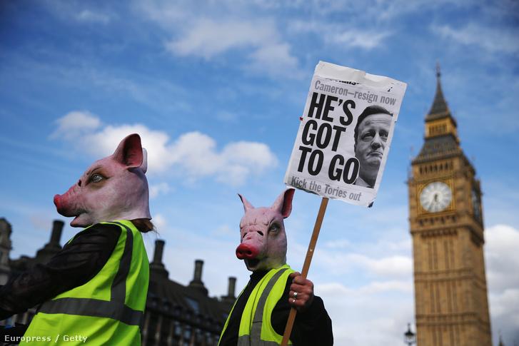 Tüntetnek Cameron lemondásáért a Big Ben előtt