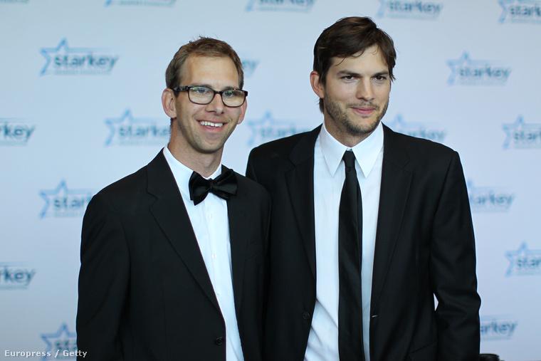 A fivérek, Michael és Ashton Kutcher