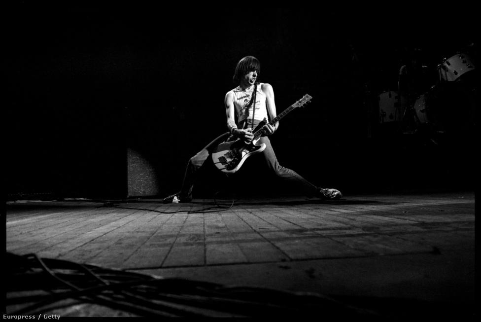 Joey mellett Johnny volt az egyetlen, aki a kezdetektől fogva egészen a zenekar feloszlásáig tagja volt a Ramonesnak. Mindezt úgy, hogy a többiekkel ellentétben Johnny keményvonalas jobboldali volt, a republikánusok elkötelezett támogatója. Ronald Reagant remek elnöknek tartotta, és a 2002-es beiktatásukkor a Rock and Roll Hall of Fame-be még George Bush-nak is megköszönte a lehetőséget. A legenda szerint a KKK Took My Baby Away c. számuk is úgy született, hogy Johnny lenyúlta Joey nőjét, aki bosszúból az őt a zsidóságával néha ugrató Johnny és a Ku Klux Klán közé egyenlőségjelet téve megírta a Ramones történetének egyik legjobb dalát.